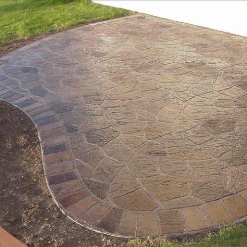 Flagstone w cobble border Patio 10